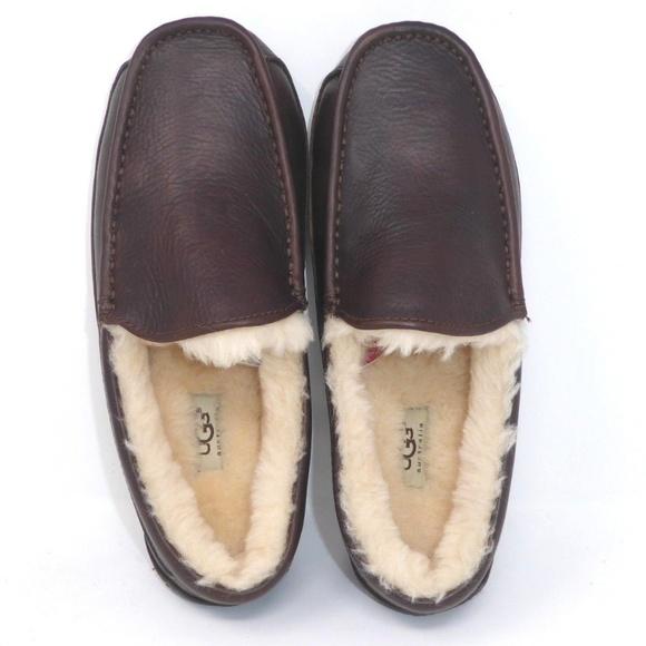 7f196c2c830 NEW UGG Ascot Leather Slipper Wide Width. NWT. UGG.  M 5c1ffa536a0bb7c24240109e. M 5c1ffa53aaa5b82fcb4582d5.  M 5c1ffa538ad2f90f15a7c73f
